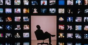 Abbonamenti alle pay tv Sky e Mediaset Premium: disdire si può